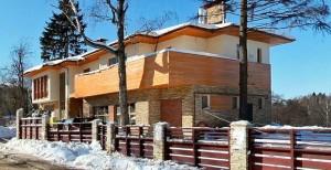 Стоит ли выбирать загородное жилье зимой?