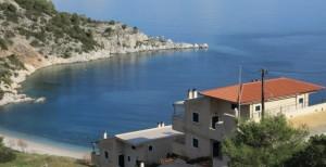В какую сумму обойдется покупка и содержание недвижимости в Греции