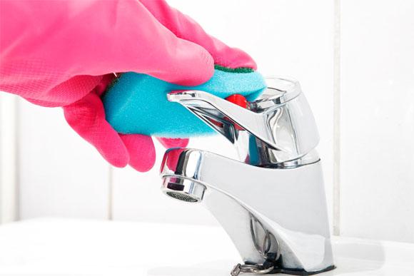 A diferença entre a limpeza diária e a limpeza semanal